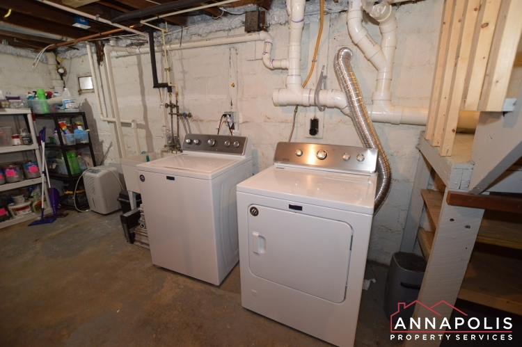 6 Revell St-Washer and dryer(1).JPG
