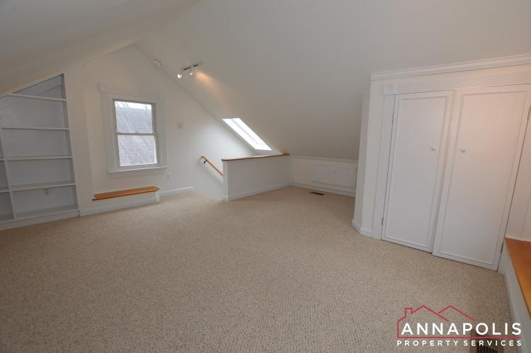 507 Burnside St-Bedroom 2b(3).JPG