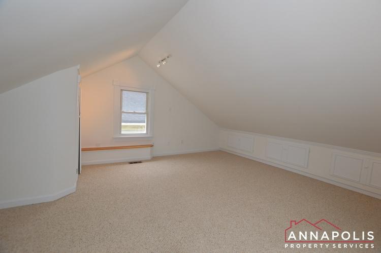 507 Burnside St-Bedroom 2c(1).JPG