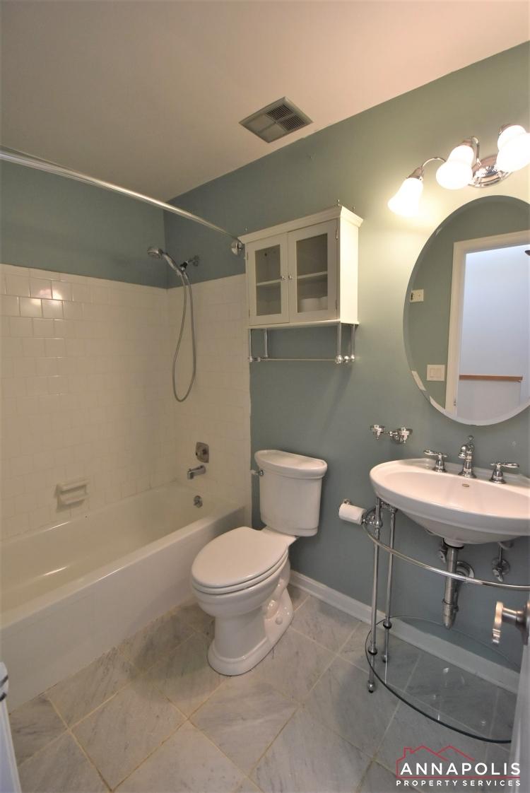 4 Youngs Farm Ct-Bathroom