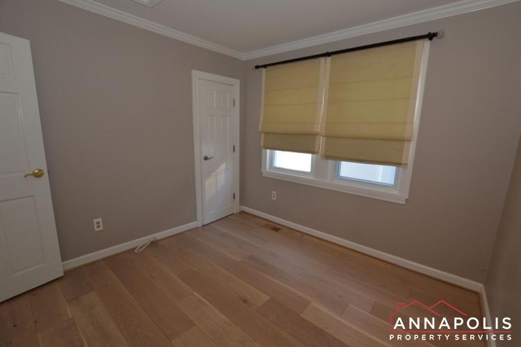 404 Washington Drive-Bedroom 1b1(1).JPG