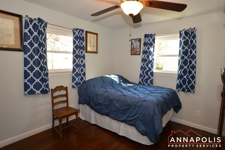 757 Warren Dr-Bedroom 2a(3).JPG