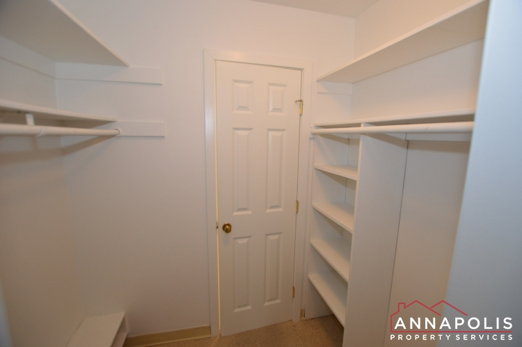 316 Burnside #404-Closet a.JPG