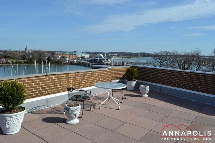 316 Burnside #404-Roof top patio b.JPG