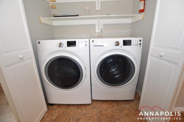 809 Birch Trail-washer and dryer(1).JPG