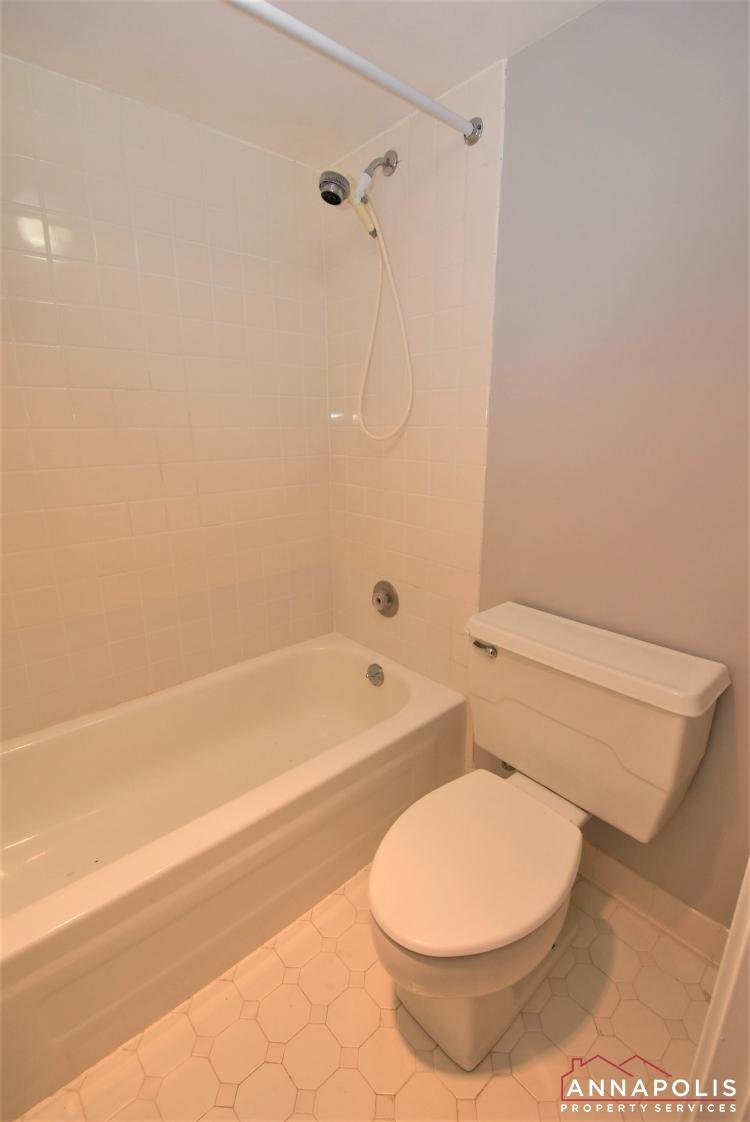 100 Severn Avenue #205-Master Bath 1an.JPG
