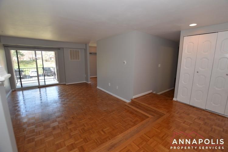 1 Silverwood Circle #8-Living room b(1).JPG