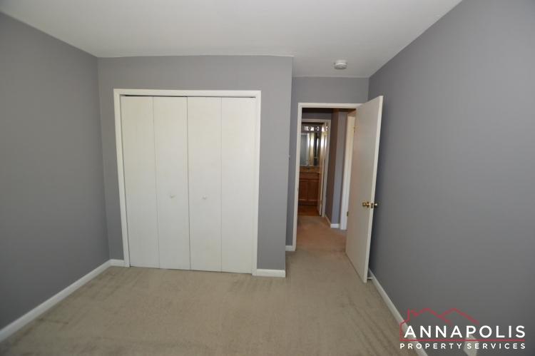 205G Victor Parkway-Bedroom 2b(6).JPG