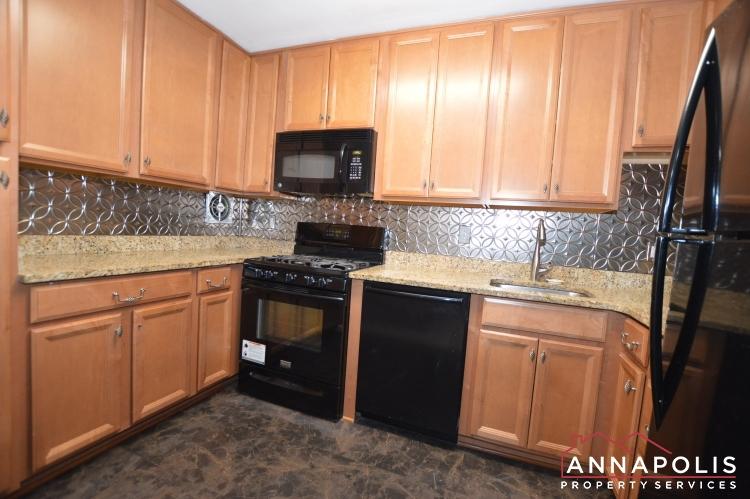 205G Victor Parkway-Kitchen a(3).JPG