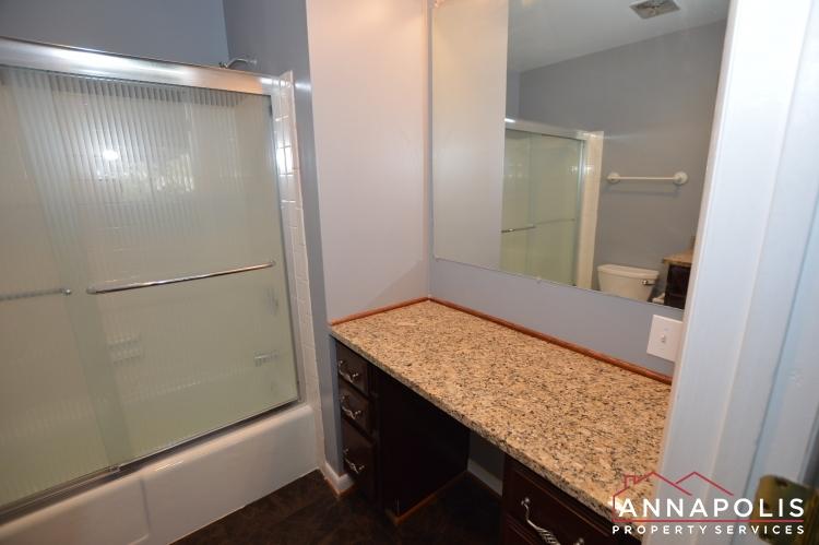 205G Victor Parkway-Master bathroom b.JPG
