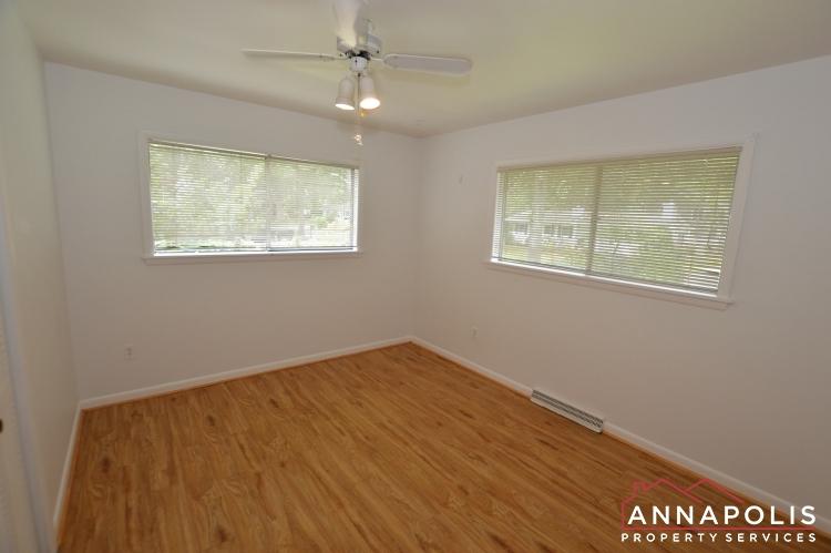 1331 Linden Avenue-Bedroom 1a(5).JPG