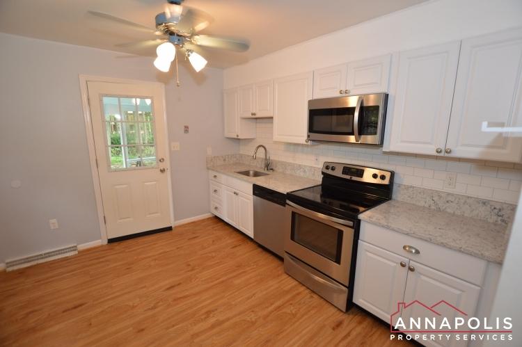 1331 Linden Avenue-Kitchen a(3).JPG