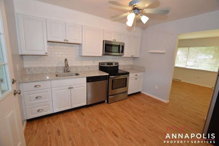 1331 Linden Avenue-Kitchen c(3).JPG