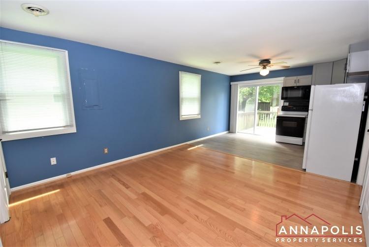 1716 Ridgely Rd-Living Area 1b.JPG