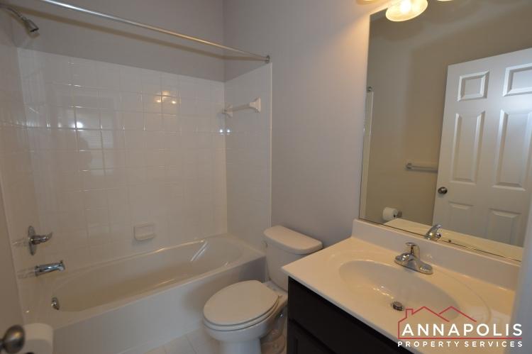 139 Lejeune Way-Bedroom 3 bathroom.JPG