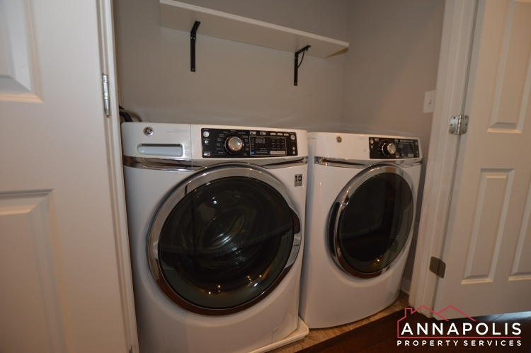139 Lejeune Way-Washer and dryer(2).JPG