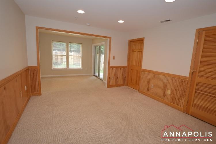 909 Arkblack Terrace-Family room and Bedroom 3c.JPG
