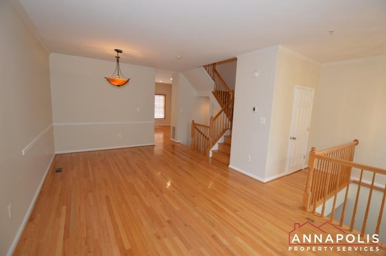 909 Arkblack Terrace-Living room c.JPG