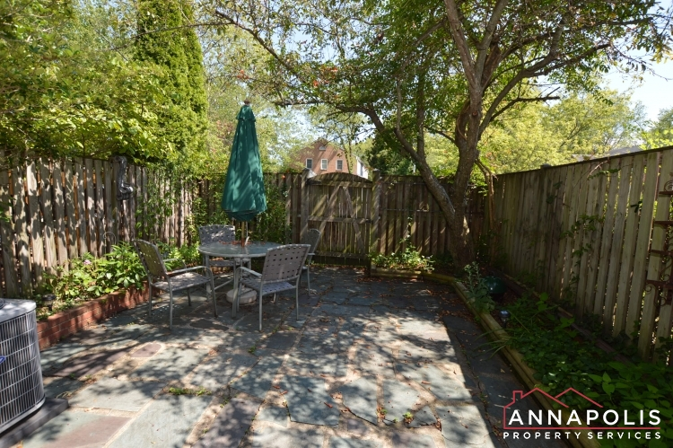 134 Dumbarton Court-Back yard an.JPG