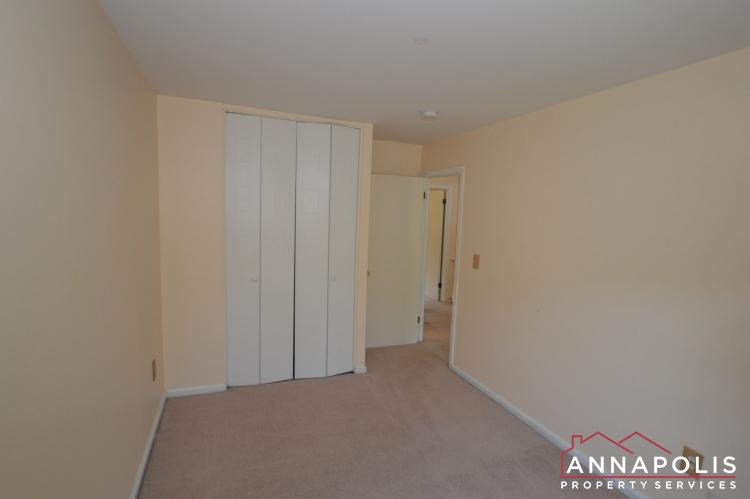 134 Dumbarton Court-Bedroom 2bn.JPG