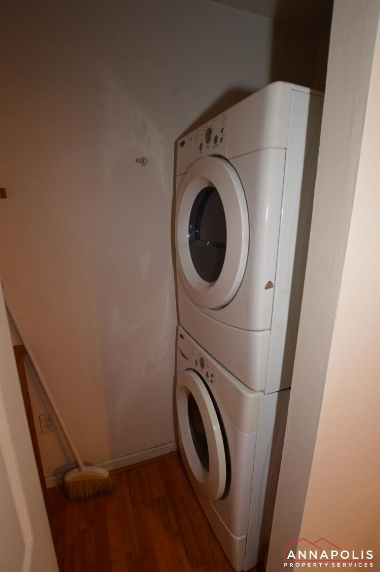 134 Dumbarton Court-Washer and dryer.jpg
