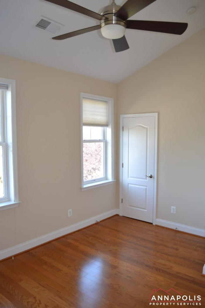 608 Melvin Ave # 201-bedroom 1b.JPG