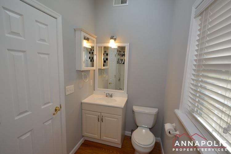 440 Kyle Drive-Bathroom bn.JPG
