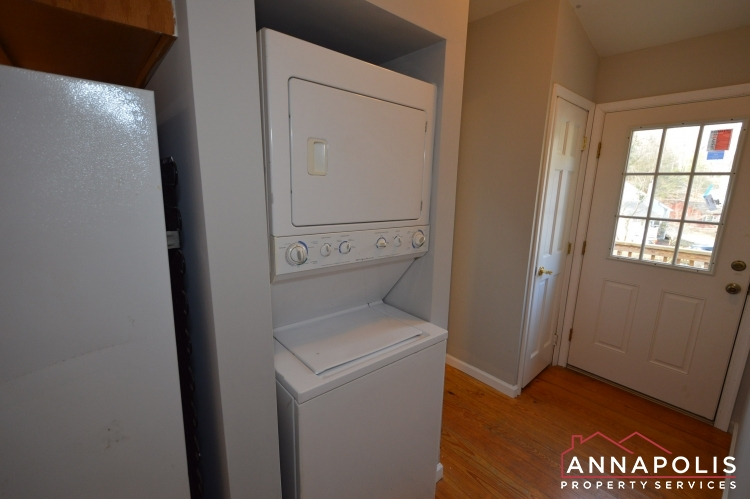 440 Kyle Drive-Washer and dryer an.JPG
