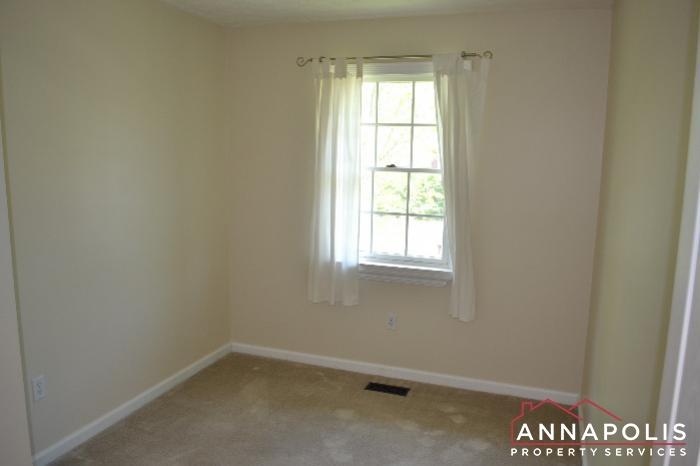 1661 Sham Court -bedroom 3.jpg