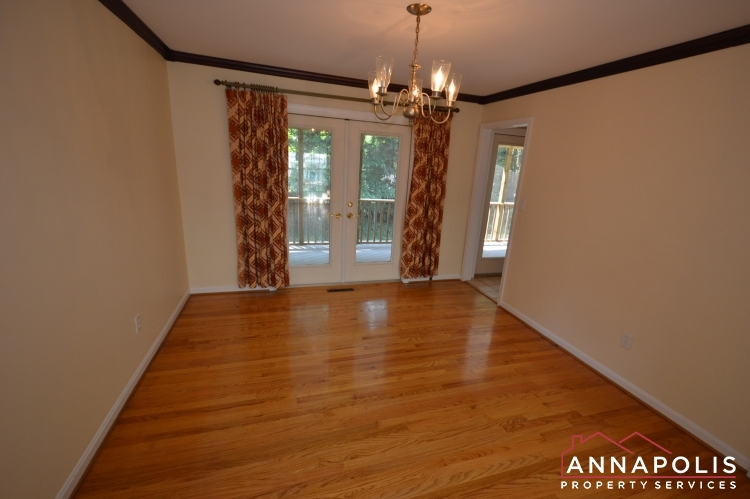 1908 Dulaney Place-Dining abn.JPG
