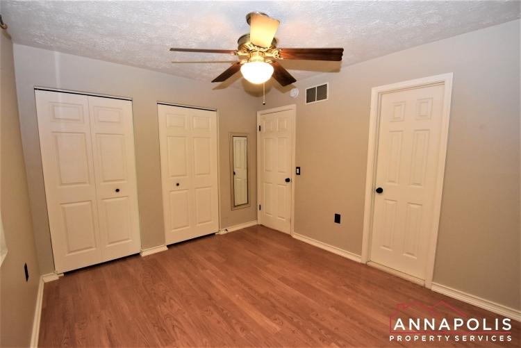 932 Kinhart Court -Bedroom 1b(4).JPG