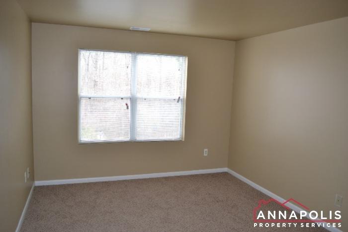 40J Hearthstone Court -Bedroom 2c.JPG