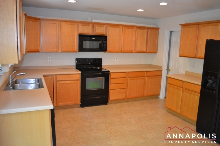 kitchen wood flooring annapolis house for rent newport 3508