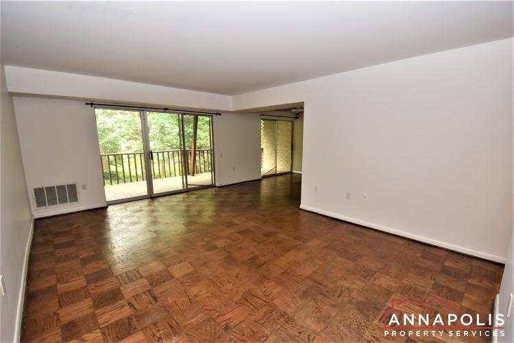 796D Fairview Ave-Living Room 1a.JPG