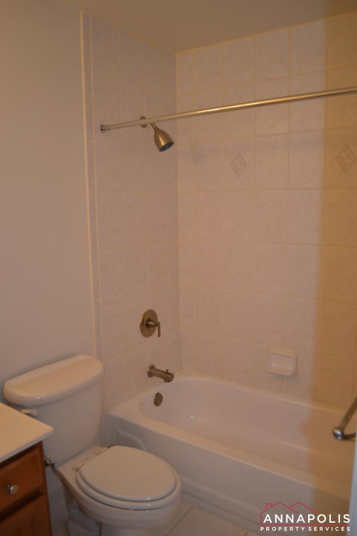 1227 Gemini Drive # K -bathroom b.JPG