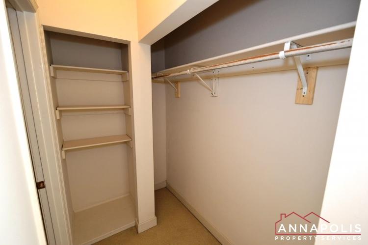 310 Burnside Street-Bedroom 1 wic.JPG