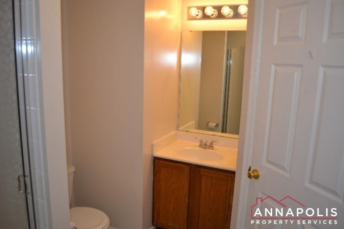 704 Orchard Overlook # 202 -Bathroom 2a.JPG