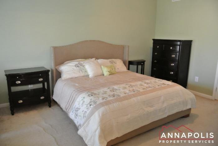 950 Citrine Court -Master bedroom e.JPG