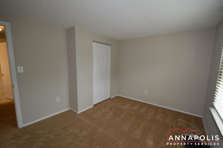 1426 Regent Street -Bedroom 1cnn.JPG