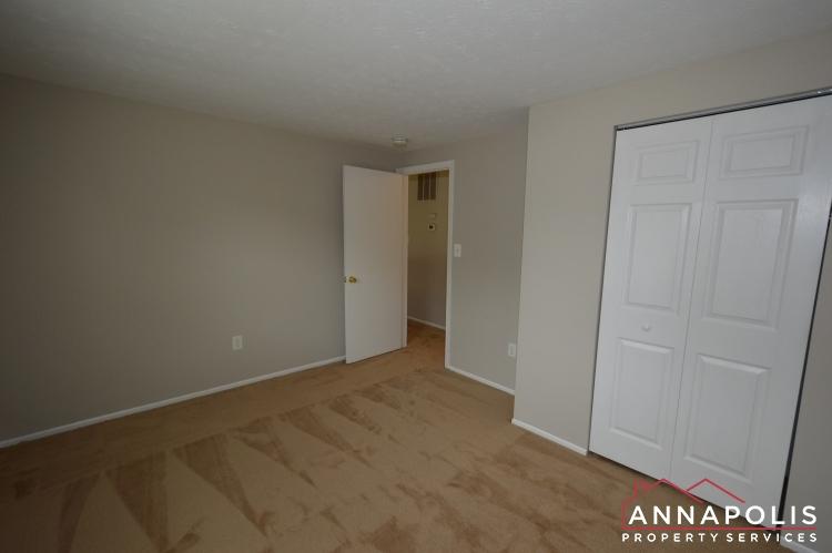1426 Regent Street -Bedroom 1dnn.JPG