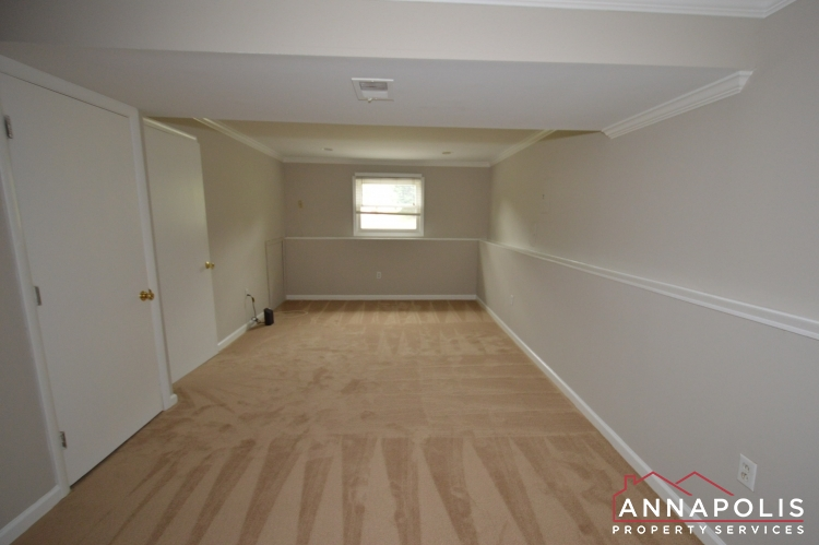 1426 Regent Street -Family room ann.JPG