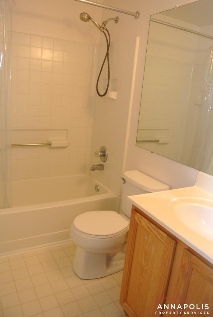 2035 Puritan Court-Bathroom 3b.JPG
