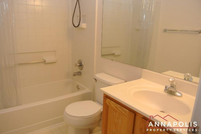 2035 Puritan Court-bathroom 3a.JPG