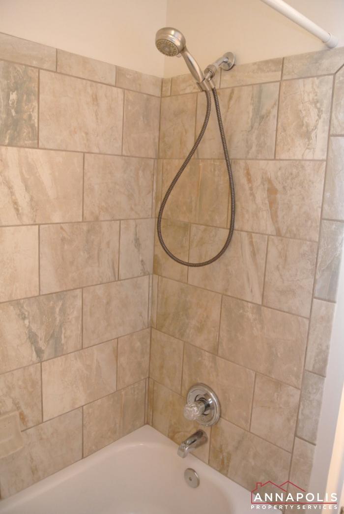 2035 Puritan Court-master shower.JPG