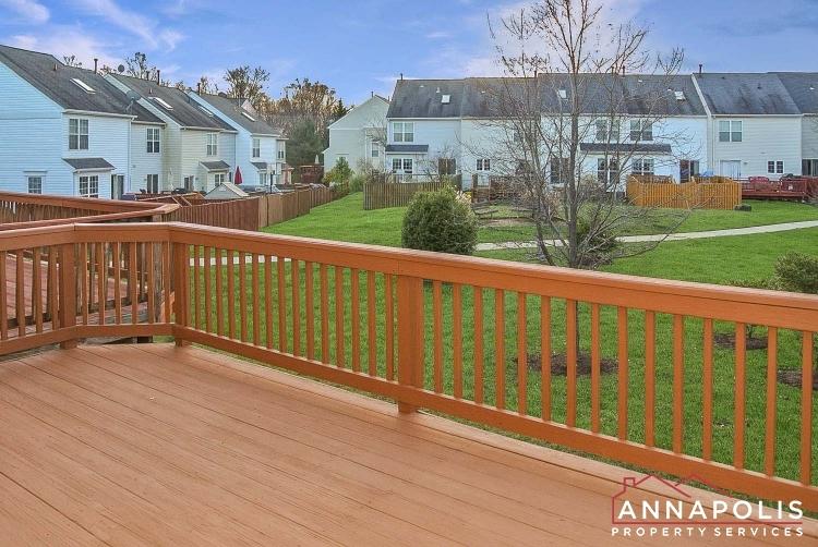 2035 Puritan Terrace-Deck ann.jpg