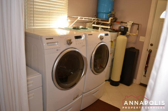 509 Westminister Road -Laundry room.JPG