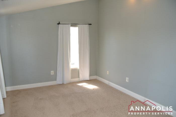 307 Glen Ave-bedroom 2bn.JPG