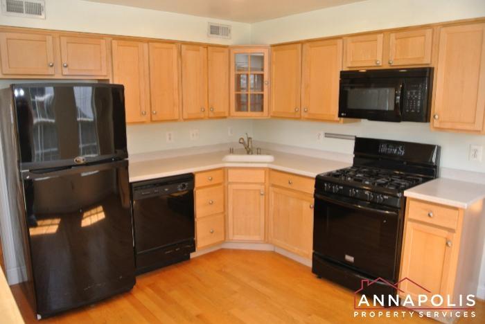 307 Glen Ave-kitchen an.JPG