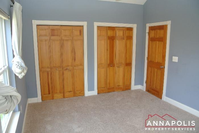 307 Glen Ave-master bedroom cn.JPG