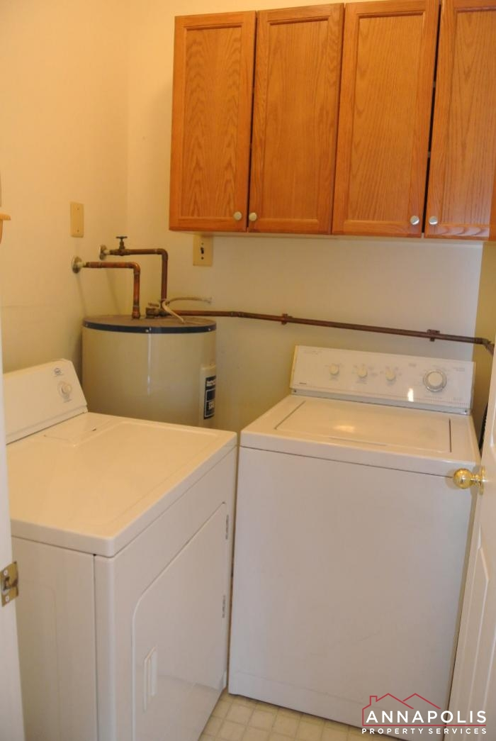 608 Rolling Hill Walk # 101-washer and dryer.JPG